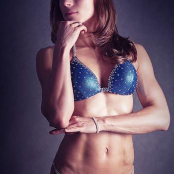 Dietetyk Pruszków zdjęcie przed zawodami Bikini Fitness
