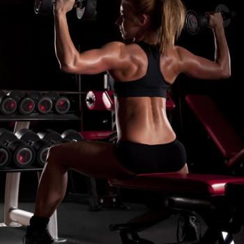 Dietetyk Pruszków - sesja zdjeciowa na siłowni